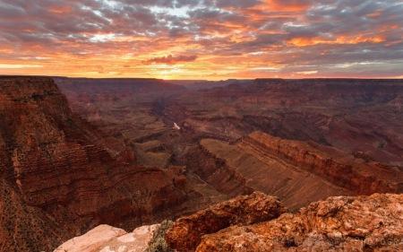 Atardecer-en-el-Gran-Canon-del-Colorado_Imagenes-HD-de-Montanas